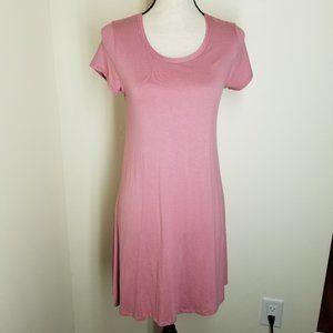 NWT Olivia Rae Rose Dress